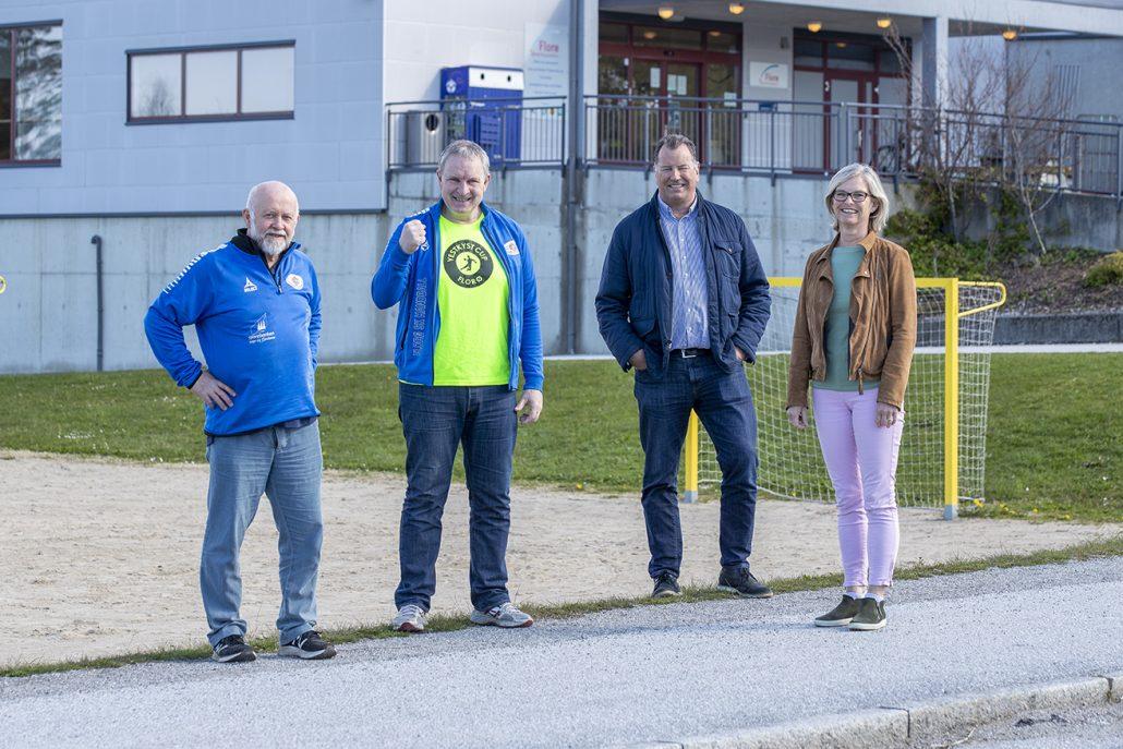 """Florø SK Handball skal bli """"Drivkraft for håndball i fylket"""" med 100.000.- i støtte fra Sparebankstiftelsen i Sogn og Fjordane"""